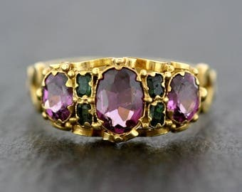 Antique Garnet Ring - Victorian Garnet & Emerald 18ct Gold Ring - Antique Renaissance Revival Ring