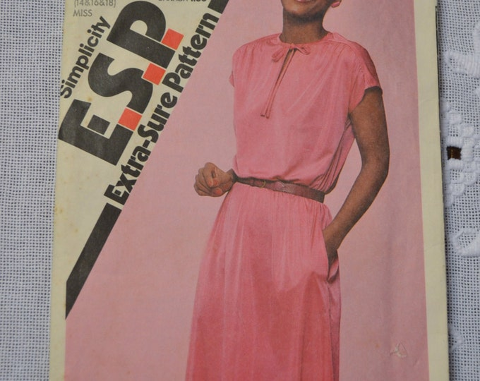 Simplicity Sewing Pattern 9483 Misses Pullover Dress Size 14 16 18 Fashion Clothing DIY Sewing  PanchosPorch