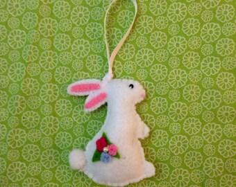 Easter ornament, Easter decoration, felt Easter ornament, felt rabbit, felt bunny, bunny ornament