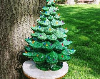 "Vintage White 23"" Atlantic Mold Ceramic Christmas Tree"