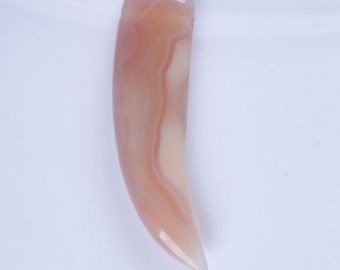 62mm Agate Claw Pendant  Choice of Color
