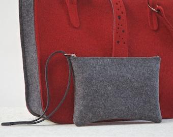 Grey Felt Purse for minimalists, Wool Felt Wristlet, Felt Clutch, Wool Bag, Gray Purse, Zipper Bag, Felt Wristlet,