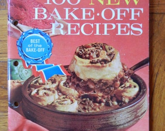 Retro 60's Pillsbury 100 New Bake Off Recipes Cookbook Soft Cover 1964
