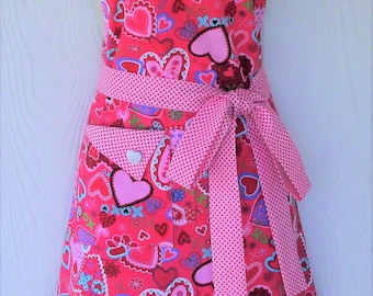 Valentine Heart Apron, Valentine's Day, Retro Style Full Apron, READY TO SHIP, KitschNStyle