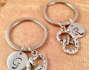 Pretzel Keychain, Best Friend pretzel Key Ring, Antique Silver pretzel Charm, Oktoberfest, best friend, BFF, German, Bavarian, pretzel knot