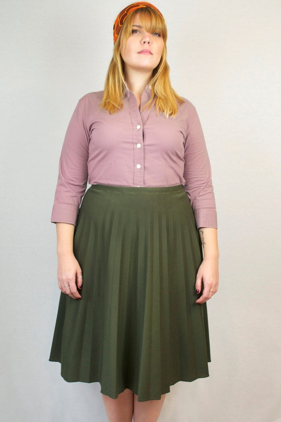 Vintage 60s High Waist Midi Pleated Flare A-Line Green Full Flowy Formal Fall Skirt