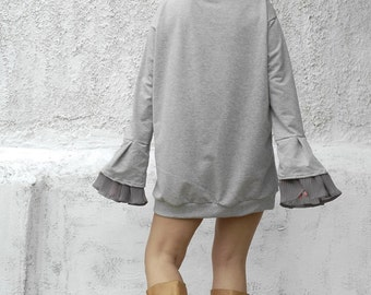High neck grey sweatshirt-chiffon sleeves top-womens sweatshirt-dramatic sleeves-womens fashion-stylish sweatshirt-long sweatshirt-grey top