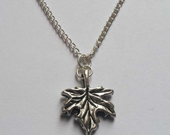Autumn Leaf Necklace , Maple Leaf Necklace , Fall Necklace , Woodland Necklace , Fairy , Pixie , Handmade Jewellery , Handmade Jewelry