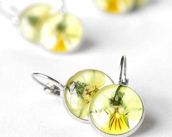Yellow earrings Unique gift for birthday Gift for mother daughter gift Yellow jewelry Love gift flower Eco friendly jewelry daughter Pansy