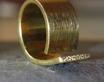 Wide Gold Ring with Diamonds