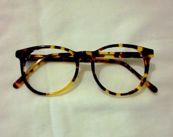 Vintage B&L Ray-Ban Traditions Style 2 Frames W1594, Amber Tortoise Round