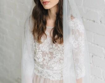 Boho Wedding Veil, Simple Veil , Juliet Cap Veil, Boho Wedding Veil, Ivory Tulle Veil, Champagne Veil, Cathedral Veil - SCARLETT