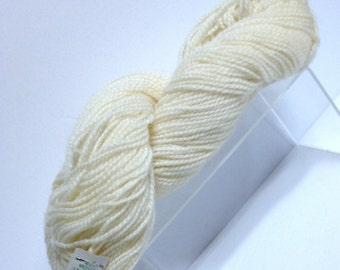 Vintage 100% Wool Yarn Destash, Cream Colored Condon's Yarns of Prince Edward Island Canada 2 Ply Wool Discontinued Wool Destash Wool Yarn