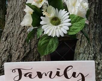 Vinyl Decal, Wedding Decor, Gift for Her, Gift for Mom, Family is Forever, Family, Vinyl Sticker, Weddings, Gifts, Stocking Stuffer