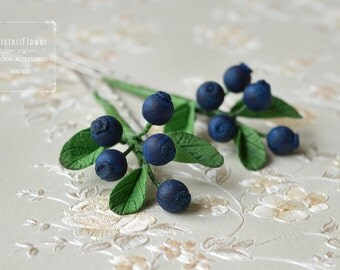 Hair pin Wedding Berry Hair Pins Spring Wedding hair piece Blueberry floral accessory Woodland hair accessories Boho hair pins Romantic