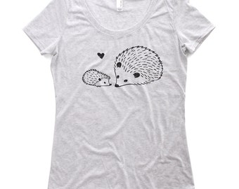 Me and Mama Hedgehog tshirt - Mother's Day Gift - Hedgehog t shirt - Gift for mom - Hedgehog Shirt - Hedgehog T-shirt - Animal Top