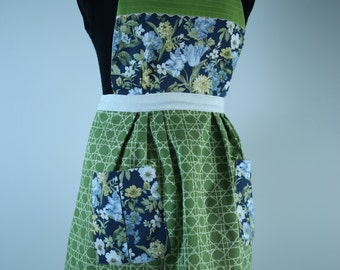 Handmade Vintage Inspired Apron Fully Lined (reversible) with Pockets - Navy Blue/Green Floral