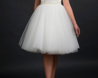 tulle wedding dress/bridal gown/beaded lace/ivory tulle/lace bodice