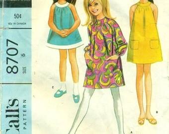 McCall's 8707 Girls A Line 1960s Size 6 Tent Dress  ©1967