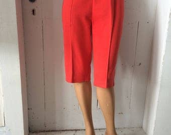 1960s 1970s Red Comfy Knit Capris Queen Casuals Pedal Pushers Elastic Waist Size Large Size 13/14