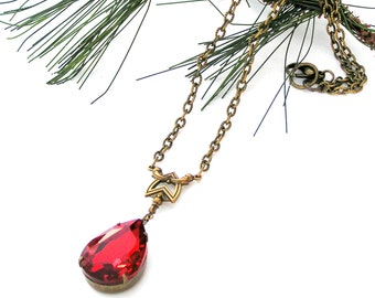 Ruby Red  Necklace, Vintage Rhinestone, Red Necklace, Christmas Necklace, Holiday Jewelry