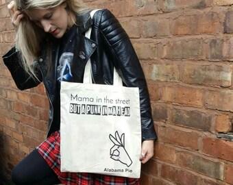 Mama in the street but a punk in ma head TOTE BAG SHOPPER