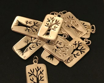 Sale .. 2 5 10 pcs, Silver TREE of LIFE Charm Pendant, Family Tree, 925 Sterling Silver, 23x13 mm, woodland nature organic tol13 solo