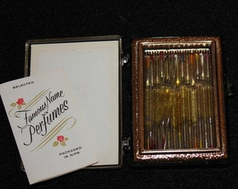 Perfume Nips, Vintage Mid-Century Famous Name Perfumes, A Perfume Gift for You, Deluxe Purs Pak, Perfume Samples