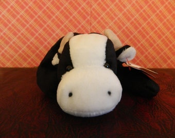 "TY Black And White Cow Beanie Baby ""Daisy"" (B)"
