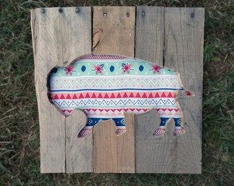 Tribal Pattern Pallet Wood Buffalo American Bison