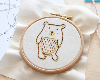 EMBROIDERY KIT - Little bear