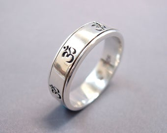 """Energy Stone """"SEVEN OM"""" Narrow Band Sterling Silver Spinning Ring (Style# US39)"""