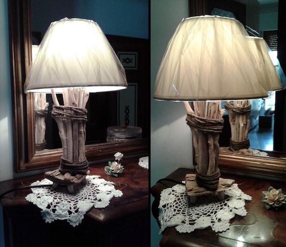 Lampada da comodino o tavolo artigianale legno marino - Lampada comodino design ...