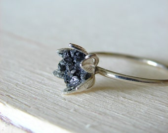 Raw Black Diamond Ring, Rough Diamond Jewelry for Her, Engagement Ring, April Birthstone, Luxury Jewelry for Women, Wife's Anniversary
