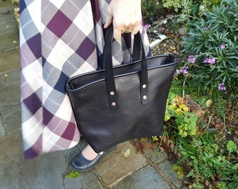 Black Calf Leather Tote Bag Carrier Style Zip Top Handmade in UK E40