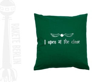 cushion cover  'snitch - I open at the close '