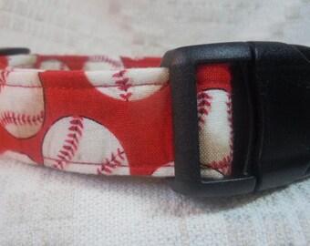 Red Dog Collar / Sale Dog Collar / Baseball Dog Collar / On Sale Dog Collar / Sports Dog Collar / Medium Dog Collar