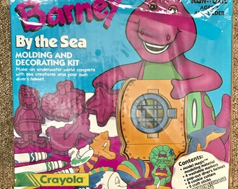 NEW! Vintage 1993 Crayola Model Magic Barney By The Sea Modeling Kit, Cookie Cutters