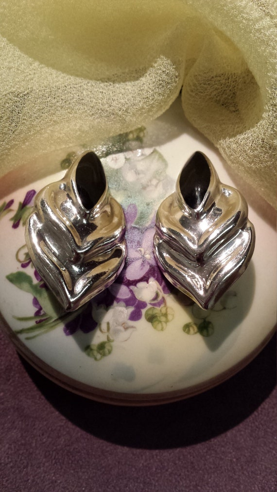 Sterling silver and black onyx vintage clip on earrings