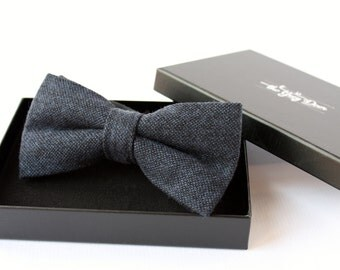 Night blue Wool Bowtie for Men. Tweed Bowtie. Bow tie for Wedding Groom or Men Gifts