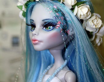 OOAK Monster High Faceup Repaint (Custom) Ghoulia Yelps doll