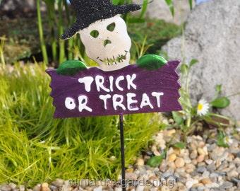 Trick or Treat Sign for Miniature Garden, Fairy Garden