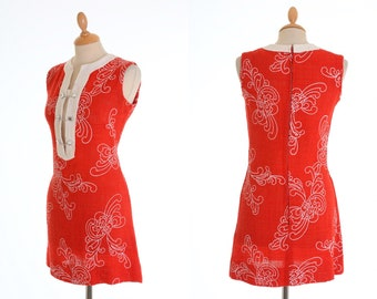 Vintage 1960s red and white embroidered mod mini dress - size S