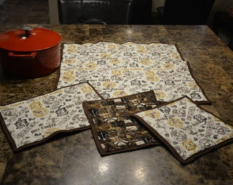 Table Quilt - Coffee Square Hot Pad Set