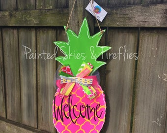 Summer Door Hanger / Pineapple Door Hanger / Wooden Door Hanger / Pineapple Decor / Welcome / decor / Front Door Decor / Decoration