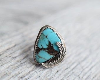 Small turquoise ring, turquoise leaf ring, sterling silver ring, turquoise jewelry, southwestern ring, southwestern jewelry