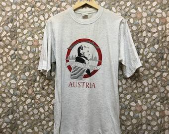 Vintage Mozartstadt Salzburg Tshirt / Mozart