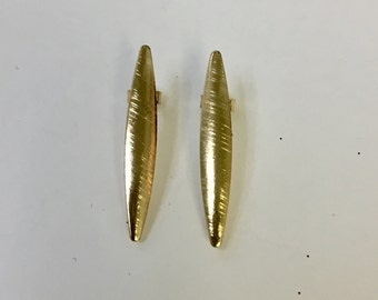 Thin oval earring post. 18/20 Goldfilled earring.