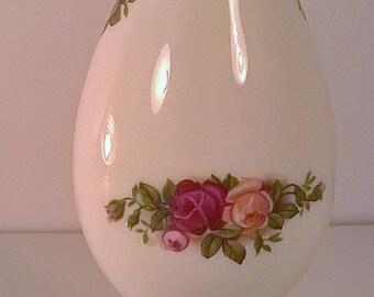 Royal Albert Bone China Old Country Rose Vase