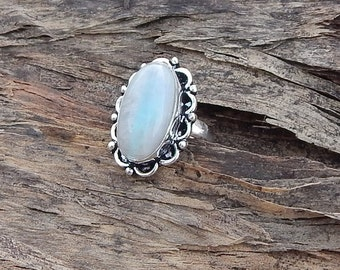 Oval Rainbow Moonstone Gemstone 925 silver Ring Size 6